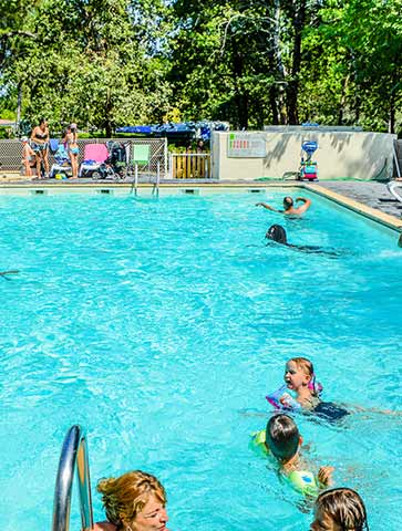Camping hourtin lac gironde medoc camping l 39 or e du for Camping gironde piscine
